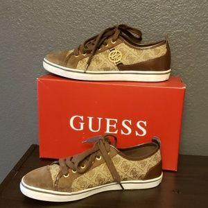 Guess logo tennis shoes